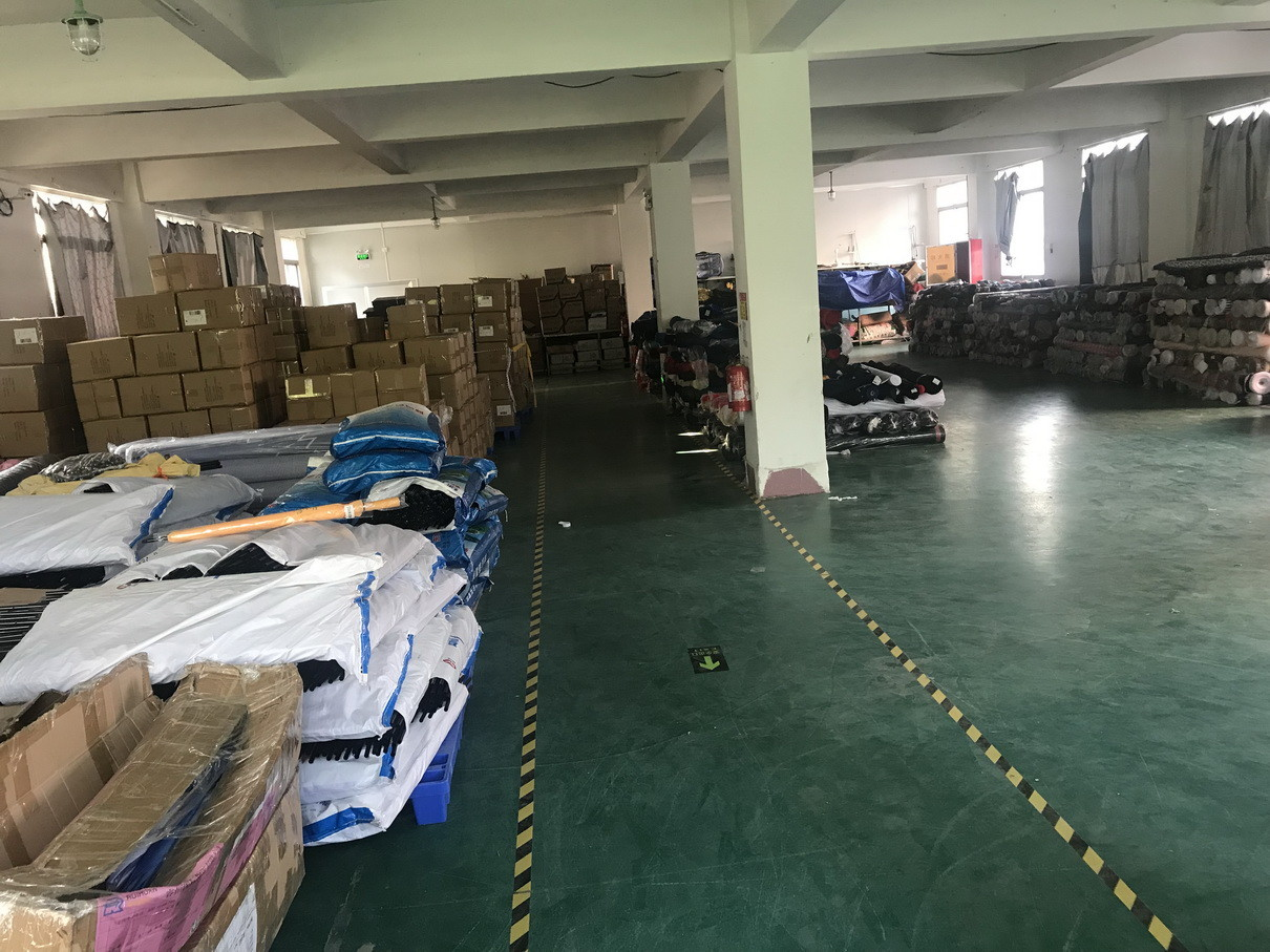 Xiamen United-Prosperity Industry & Trade Co., Ltd. factory production line